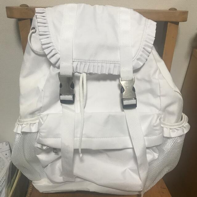 merry jenny(メリージェニー)のmerry jenny フリルバックパック レディースのバッグ(リュック/バックパック)の商品写真