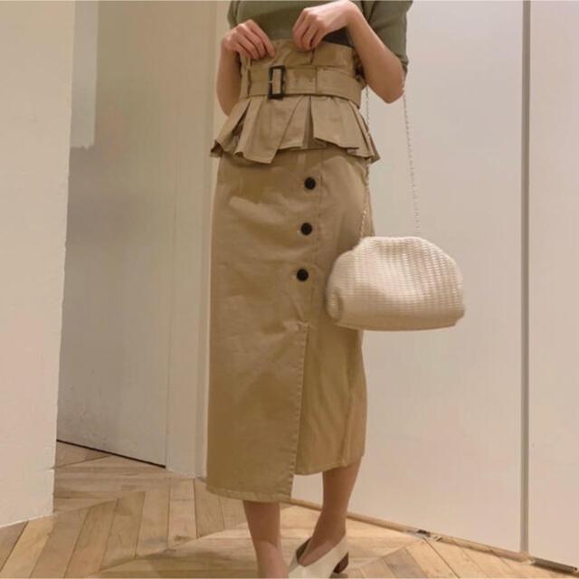 snidel(スナイデル)の正規品 スナイデル SNIDEL ポンチタイトストレッチスカート レディースのスカート(ひざ丈スカート)の商品写真
