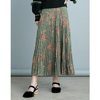 Lily Brown - lily brown オリエンタル柄ランダムプリーツスカート ロングスカート