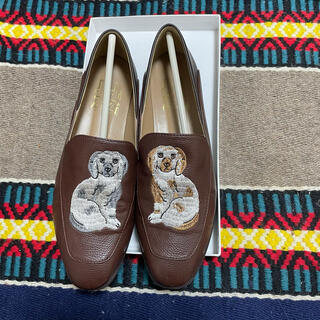 l'atelier du savon - didizizi 犬の置物 刺繍 ローファー ブラウン
