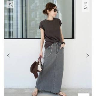 アパルトモンドゥーズィエムクラス(L'Appartement DEUXIEME CLASSE)のアパルトモン レミレリーフ Compact Tシャツ ブラック(Tシャツ(半袖/袖なし))