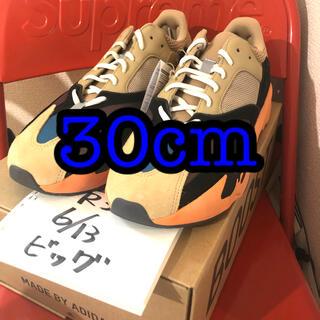 アディダス(adidas)のADIDAS YEEZY BOOST 700 ENFLAME AMBER(スニーカー)