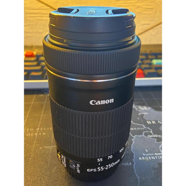 Canon(キヤノン)のCanon EOS KISS X8i (W) Wズームキット その他高額特典あり スマホ/家電/カメラのカメラ(デジタル一眼)の商品写真
