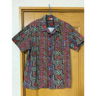 スピード(SPEEDO)の美品 speedo スピード 開襟シャツ Tシャツ 半袖 夏 柄シャツ(シャツ)