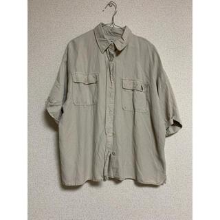 ニコアンド(niko and...)のニコアンド ゆったりシャツ M(シャツ/ブラウス(半袖/袖なし))