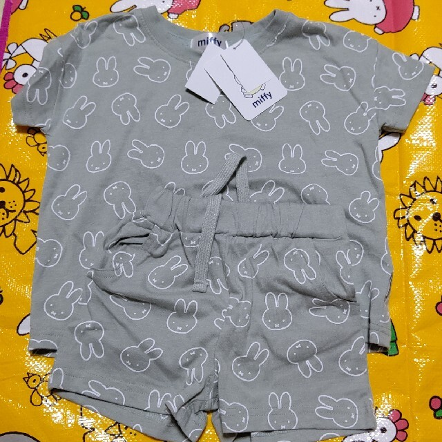 しまむら(シマムラ)のミッフィー セットアップ 2セット 100 キッズ/ベビー/マタニティのキッズ服女の子用(90cm~)(Tシャツ/カットソー)の商品写真