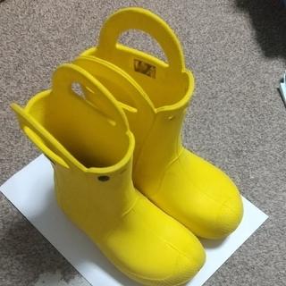 crocs - ハンドルがかわいい★クロックス 子ども用 長靴 イエロー J1  キッズ