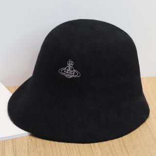 ヴィヴィアンウエストウッド(Vivienne Westwood)のVivienne Westwood 黒ヴィヴィアンウエストウッドベレー帽 ダグ付(ハンチング/ベレー帽)