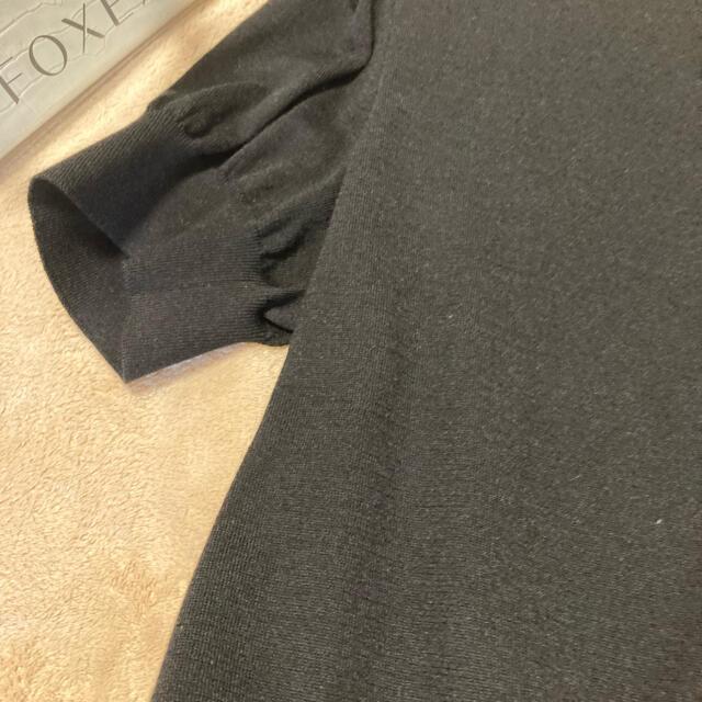 FOXEY(フォクシー)のフォクシー2021年ブラック半袖完売42新品未使用 レディースのトップス(カーディガン)の商品写真