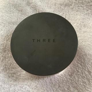 THREE - three パウダー グロー#01