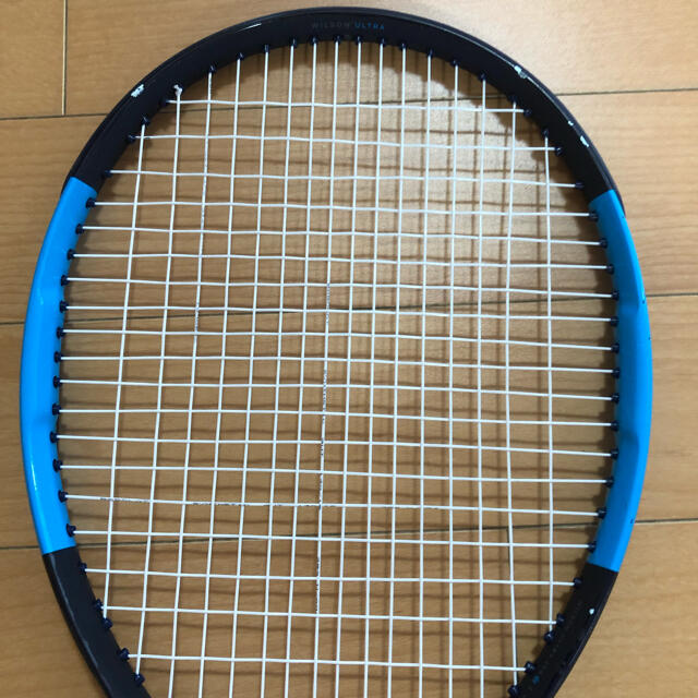 wilson(ウィルソン)のウィルソン ウルトラCV100    スポーツ/アウトドアのテニス(ラケット)の商品写真