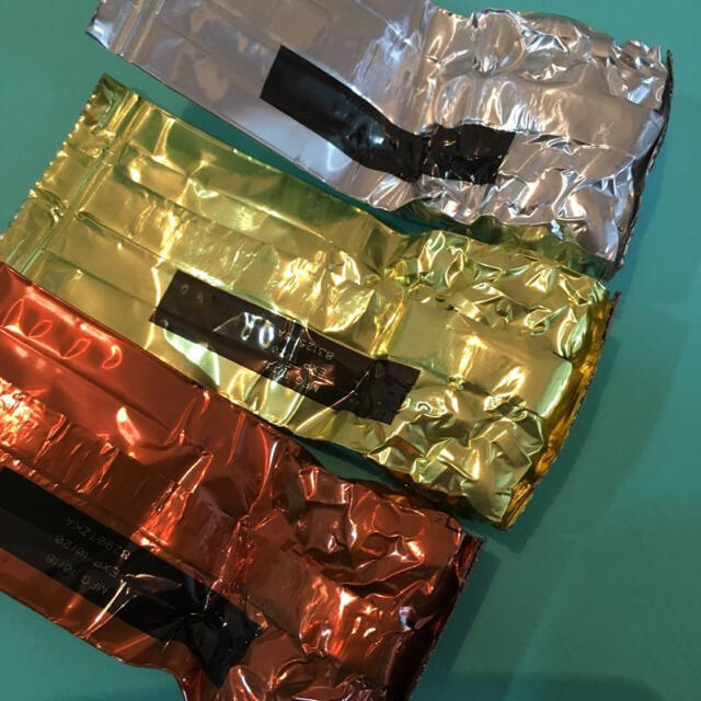Amway(アムウェイ)のアメリカ製 海外版 アムウェイ ダブルX 62粒ずつ 賞味期限2022年 5月 食品/飲料/酒の健康食品(ビタミン)の商品写真