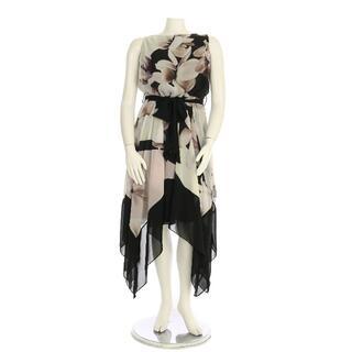 ウォリス(Wallis)のウォリス☆ブラックフローラルミディドレス(ミディアムドレス)