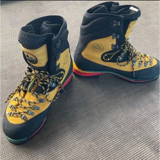 スポルティバ(LA SPORTIVA)の美品スポルティバ ネパールエボ GTX (登山用品)