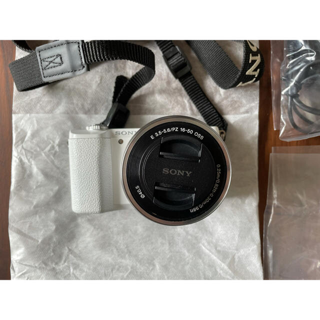 SONY(ソニー)のたーさん専用 SONY カメラ a5100  ミラーレス ミラーレス一眼 スマホ/家電/カメラのカメラ(ミラーレス一眼)の商品写真