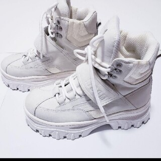 MSGM - MSGM ブーツ スニーカー 厚底 白 ホワイト ネイキッドウルフ