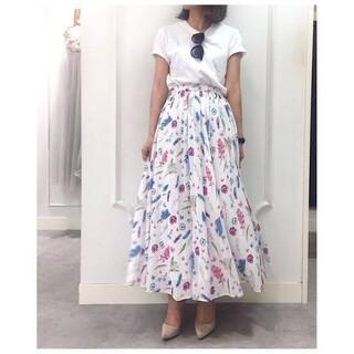ラベルエチュード(la belle Etude)のオリジナルフェザースカート(ロングスカート)