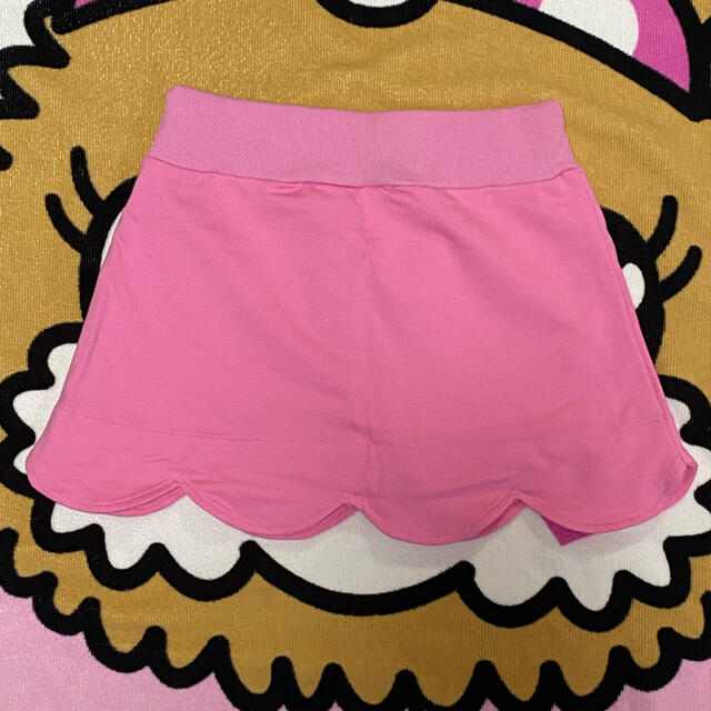EARTHMAGIC(アースマジック)の新品♡アースマジック♡スカート♡130 キッズ/ベビー/マタニティのキッズ服女の子用(90cm~)(スカート)の商品写真