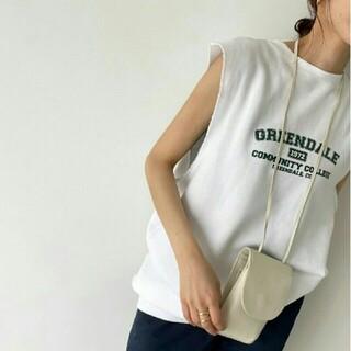 トゥデイフル(TODAYFUL)のcanal jean tシャツ(Tシャツ(半袖/袖なし))
