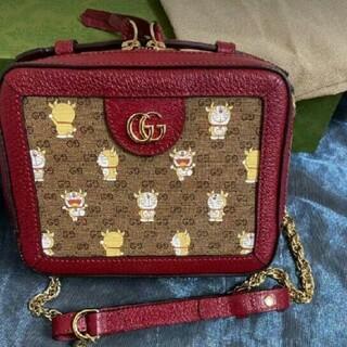 Gucci - GUCCIグッチ ドラえもん牛ウシエモン チェーンバッグ