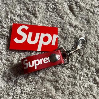 シュプリーム(Supreme)のsupreme Loop シュプリーム レザーキー 赤(キーホルダー)