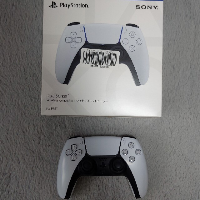 SONY(ソニー)のPS5 DualSenseワイヤレスコントローラー エンタメ/ホビーのゲームソフト/ゲーム機本体(家庭用ゲーム機本体)の商品写真