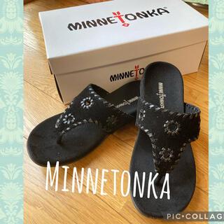 ミネトンカ(Minnetonka)の【新品 未使用】ミネトンカ★履きやすくて合わせやすい万能サンダル★(サンダル)