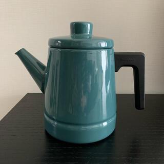 フジホーロー(富士ホーロー)の富士ホーローソリッドコーヒーポット1.6L IH対応琺瑯やかん(調理道具/製菓道具)