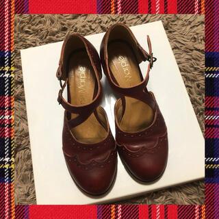 ジェーンマープル(JaneMarple)のjane marple クロスストラップシューズ(ローファー/革靴)