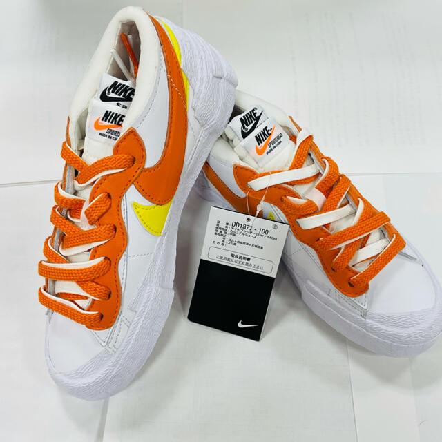 NIKE sacai ブレーザー LOW  メンズの靴/シューズ(スニーカー)の商品写真