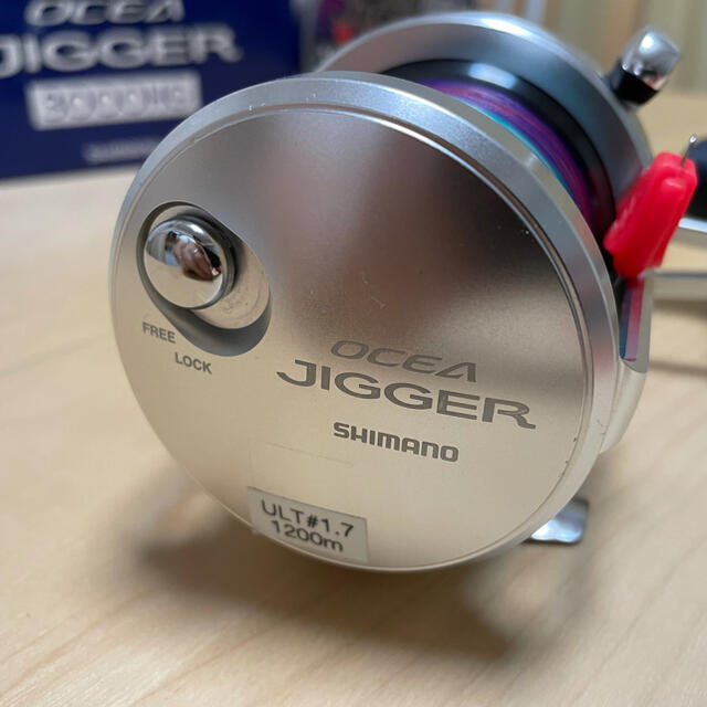 SHIMANO(シマノ)のシマノ リール 16オシアジガー 3000HG スポーツ/アウトドアのフィッシング(リール)の商品写真