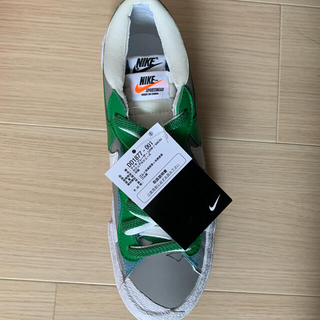 NIKE(ナイキ)のNIKE BLAZER LOW SACAI 26センチ メンズの靴/シューズ(スニーカー)の商品写真