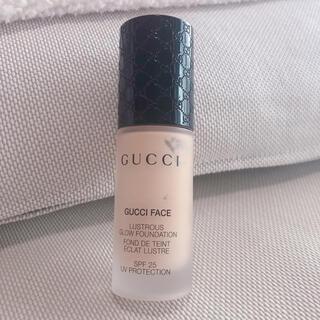グッチ(Gucci)のGUCCI FACE Lustrous Glow Foundation 020(ファンデーション)