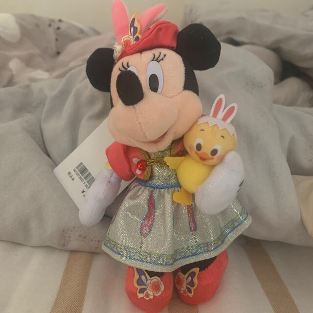 Disney(ディズニー)のミニー ぬいぐるみバッジ うさピヨ エンタメ/ホビーのおもちゃ/ぬいぐるみ(キャラクターグッズ)の商品写真