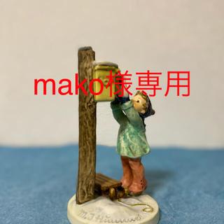 【ドイツ・ゲーベル社フンメル人形 雪の日のポスト】