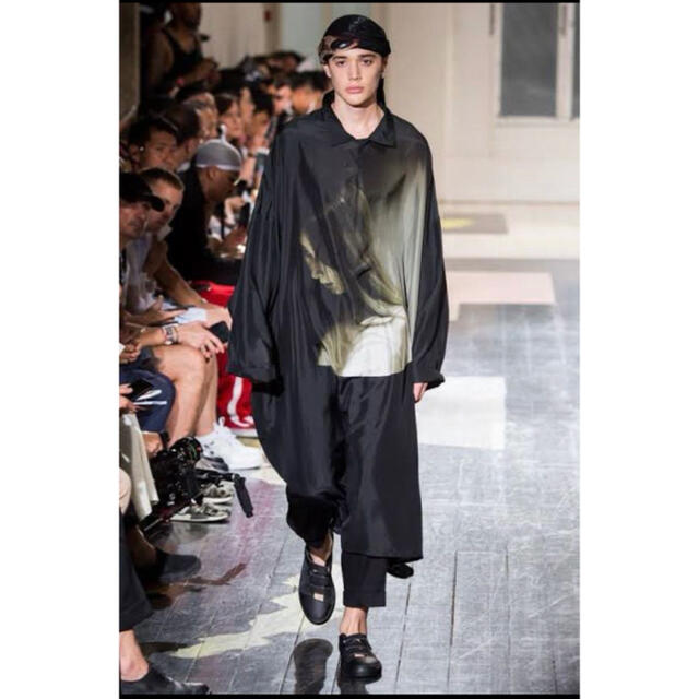 Yohji Yamamoto(ヨウジヤマモト)のヨウジヤマモト yohji yamamoto 業火女 内田すずめ ロングシャツ  メンズのトップス(シャツ)の商品写真