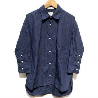 マディソンブルー(MADISONBLUE)の美品 マディソンブルー シャツ01(シャツ/ブラウス(長袖/七分))