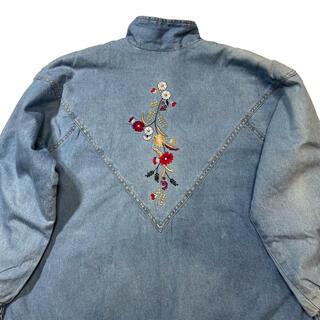 アートヴィンテージ(ART VINTAGE)のデニム 花刺繍 Flower Embroidery Denim Jacket(Gジャン/デニムジャケット)