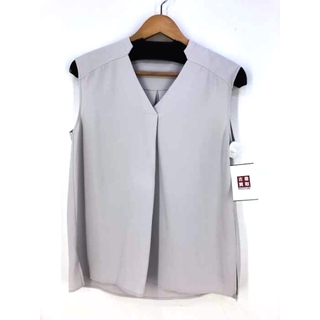 デミルクスビームス(Demi-Luxe BEAMS)のDemi-Luxe BEAMS(デミルクスビームス) D スタンドVネックBL(シャツ/ブラウス(半袖/袖なし))