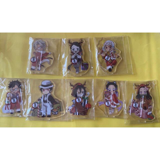 鬼滅の刃 アクスタ缶バッジ クリスマス SL エンタメ/ホビーのアニメグッズ(キーホルダー)の商品写真