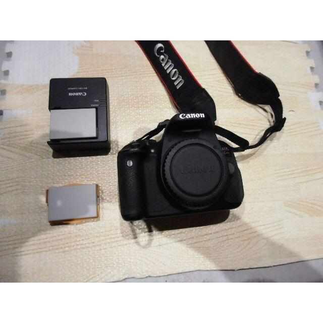Canon EOS Kiss X6i ボディ  スマホ/家電/カメラのカメラ(デジタル一眼)の商品写真