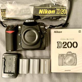 Nikon - とても美品 Nikon D200 ボディ 、付属品付。(レンズは付属しません)