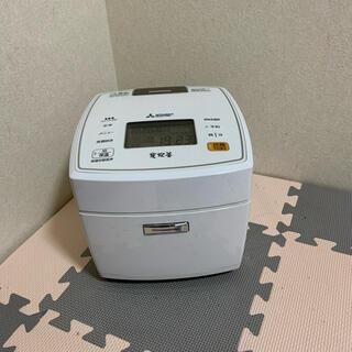 ミツビシデンキ(三菱電機)のMITSUBISHI NJ-VX106-W (炊飯器)