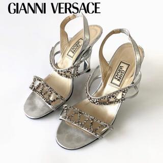 ジャンニヴェルサーチ(Gianni Versace)のジャンニヴェルサーチ サンダルヒール8cm ストラップ シルバー レディース(サンダル)