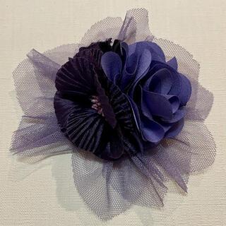 お花 コサージュ ブローチ パープル 紫 結婚式 フォーマル(コサージュ/ブローチ)
