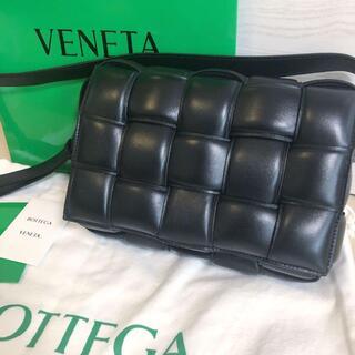 Bottega Veneta - 大人気★ボッテガヴェネタ パテッドカセットバッグ 黒