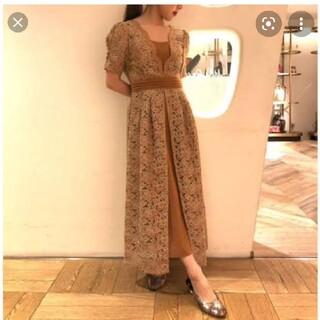 Lily Brown - レイヤード刺繍チュールドレス