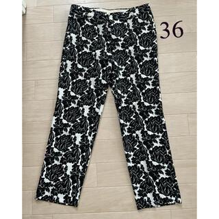 ユナイテッドアローズ(UNITED ARROWS)の美品 36 ユナイテッドアローズ パンツ スラックス 花柄(カジュアルパンツ)