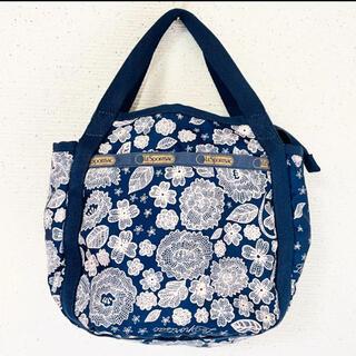 レスポートサック(LeSportsac)のお花刺繍風デザインが素敵✨‼️❤️Lesportsac❤️2way(ショルダーバッグ)