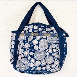 LeSportsac - お花刺繍風デザインが素敵✨‼️❤️Lesportsac❤️2way